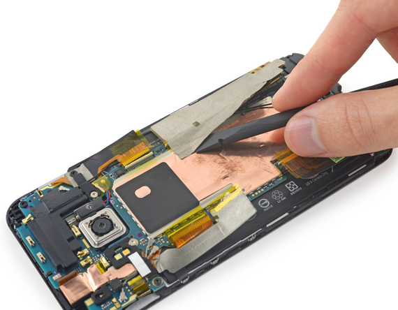HTC One M9 teardown pic4